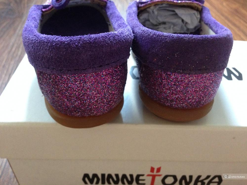 Детские брендовые мокасинки от Minnetonka для левочки Новые