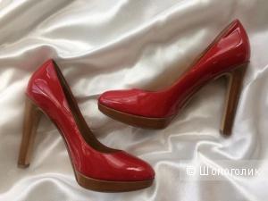 Красные лаковые туфли KORS Michael Kors / 36,5-37