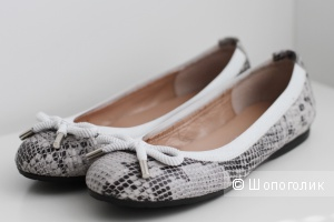 Балетки / туфли на плоской подошве, натуральная кожа, серые, принт под рептилию, 38 размер, производство Испания