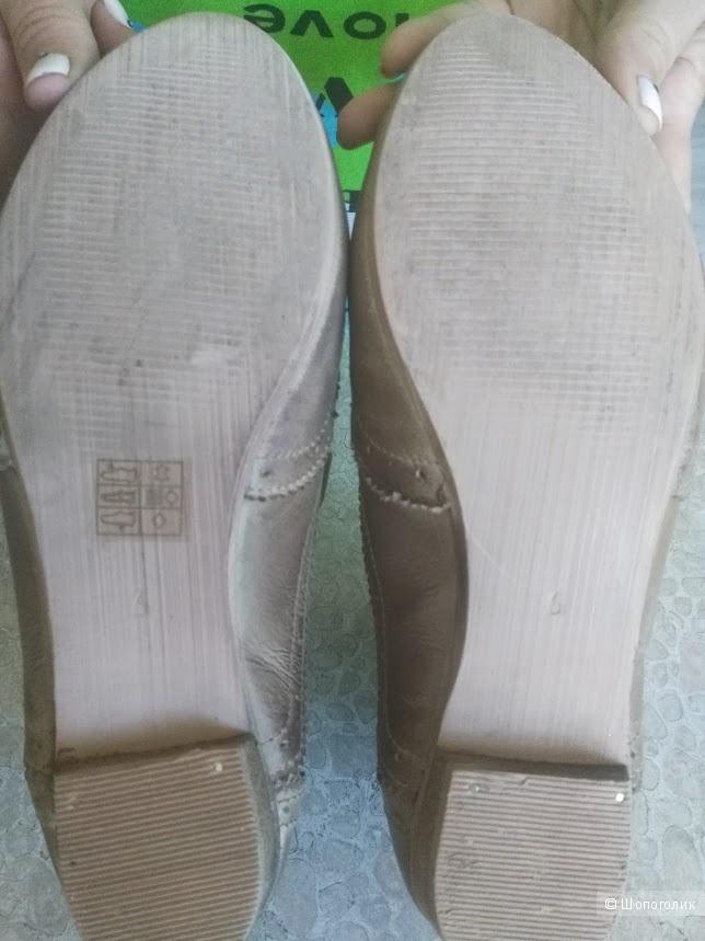 Полуботинки Assos женские б/у,  размер 39, UK 6