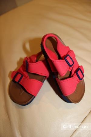 Новые детские сандалии StBernard, размер 12-18 мес