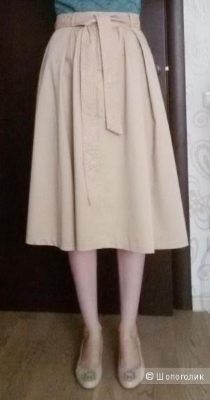 Золотисто-бежевая юбка миди Zarina в стиле Сафари или Нью Лук. 44-46 размер.