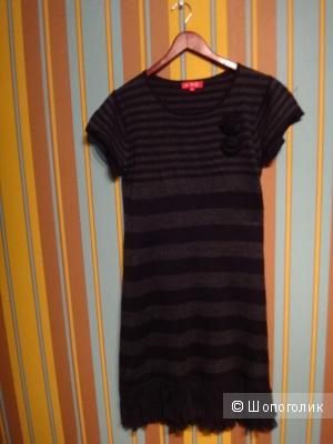 Платье 44-46 размера Италия