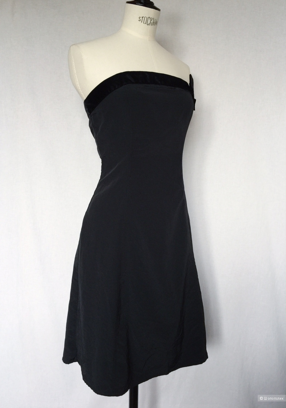 Маленькое черное  элегантное платье от марки OGGI размер 48