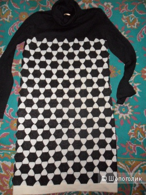 Теплое платье Zarina XS