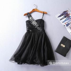 Вечерне платье Teezeme размер 44