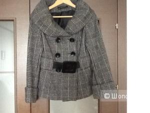 Пальто Zara  размер S ( 40-42)