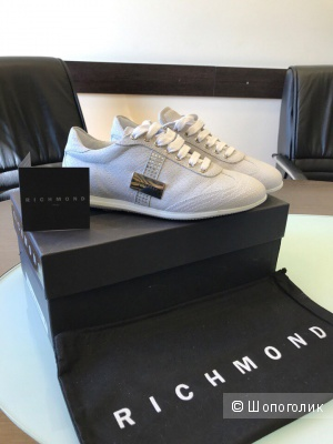 Женские кроссовки Richmond 38 размер