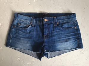 J Brand Оригинальные джинсовые шорты, размер 26