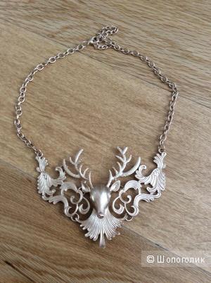 Оригинальное украшение на шею с оленем
