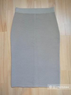 UNIQLO трикотажная юбка  разм.S новая