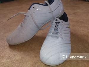 Мужские кроссовки, 43 размер