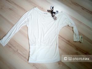 Блузка туника с открытым плечом 44-46 размер новая