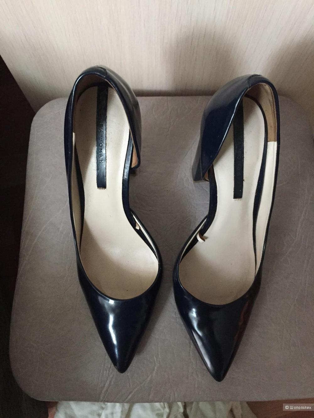 Туфли на каблукеZara, натуральный лак, 37 размер