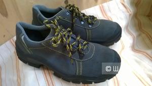 Спец.обувь ботинки защитные  пр-во Италия р.38 новые