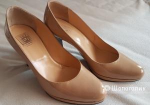 Туфли женские кожаные, лак Pour La Victoire, 37,5 р.