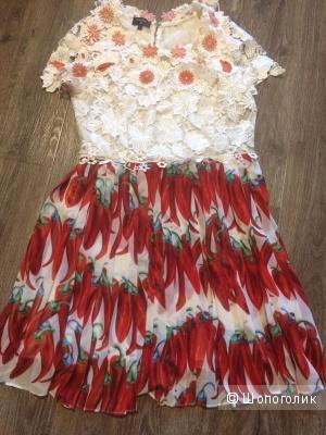 Платье Chanel , 42-44 р.