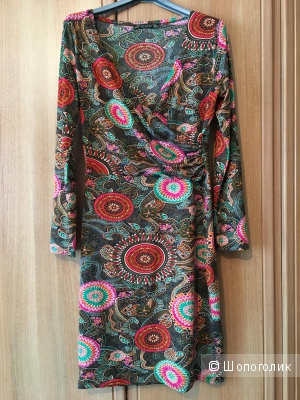 Платье фирмы Acasta, размер 44