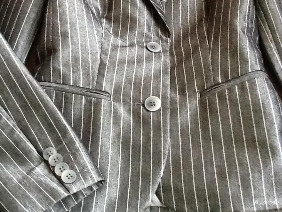84237c67bc8 Костюм юбка и пиджак Эстония 40 размер