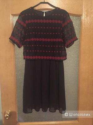 Двухслойное шифоновое платье с вышивкой, размер 44-46