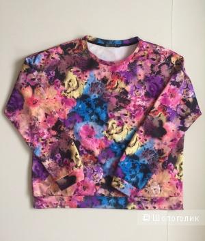 Яркий, броский свитшот с цветочным принтом марки Ada Gatti размер 50