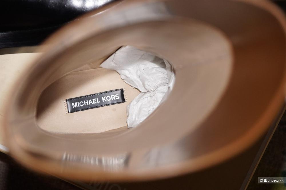 Новые сапоги Michael Kors 38,5 размер