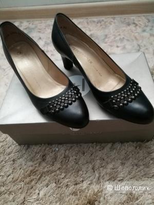 """Черные кожаные туфли """"Peter Kaiser"""" 35,5 размер"""