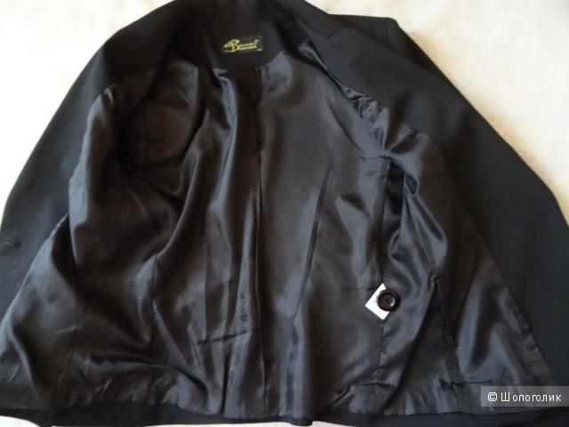 Классический приталенный пиджак, размер 40-42, б/у
