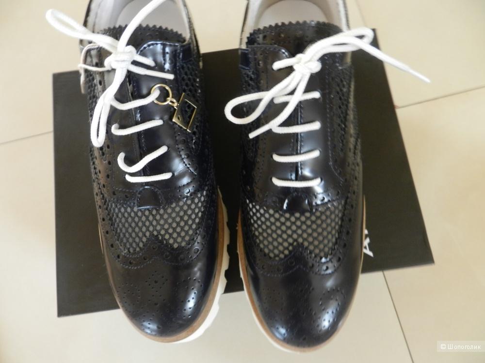 Ботинки новые Atos Lombardini 36 размер