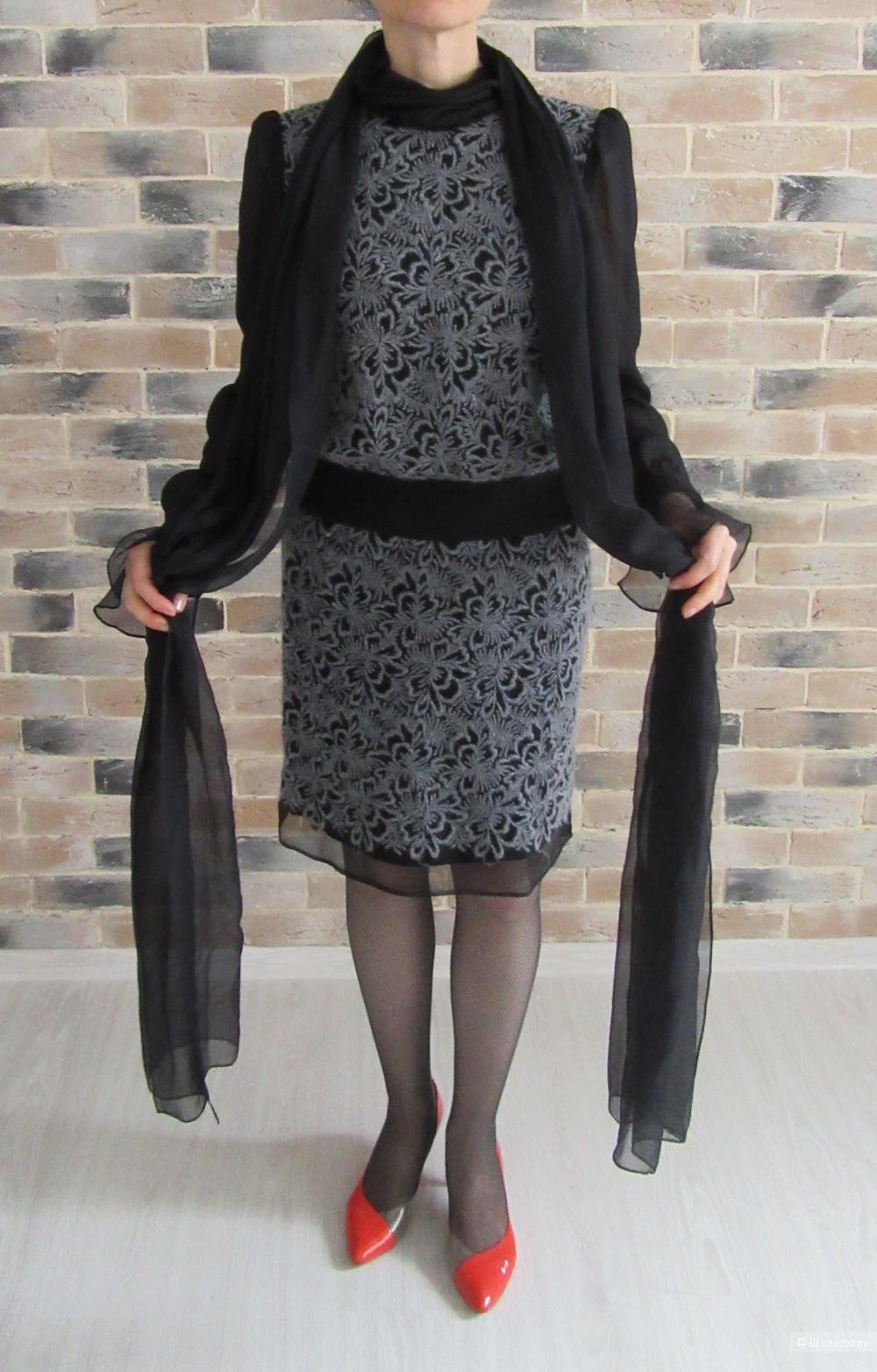Платье из вышитого  шифона, Sanny Varevish, размер 44-46