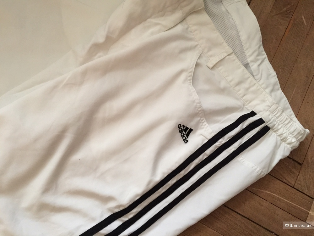 Шикарные  белые брюки марки ADIDAS размер 46-48