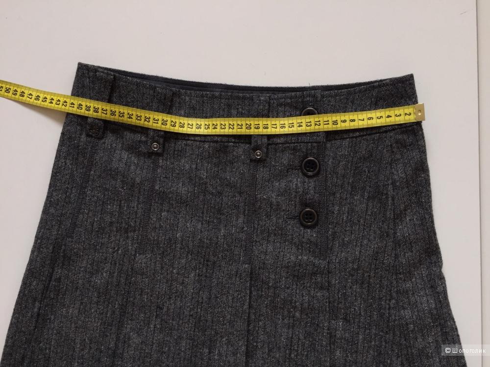 Короткая юбка в складку марки Esprit размер s