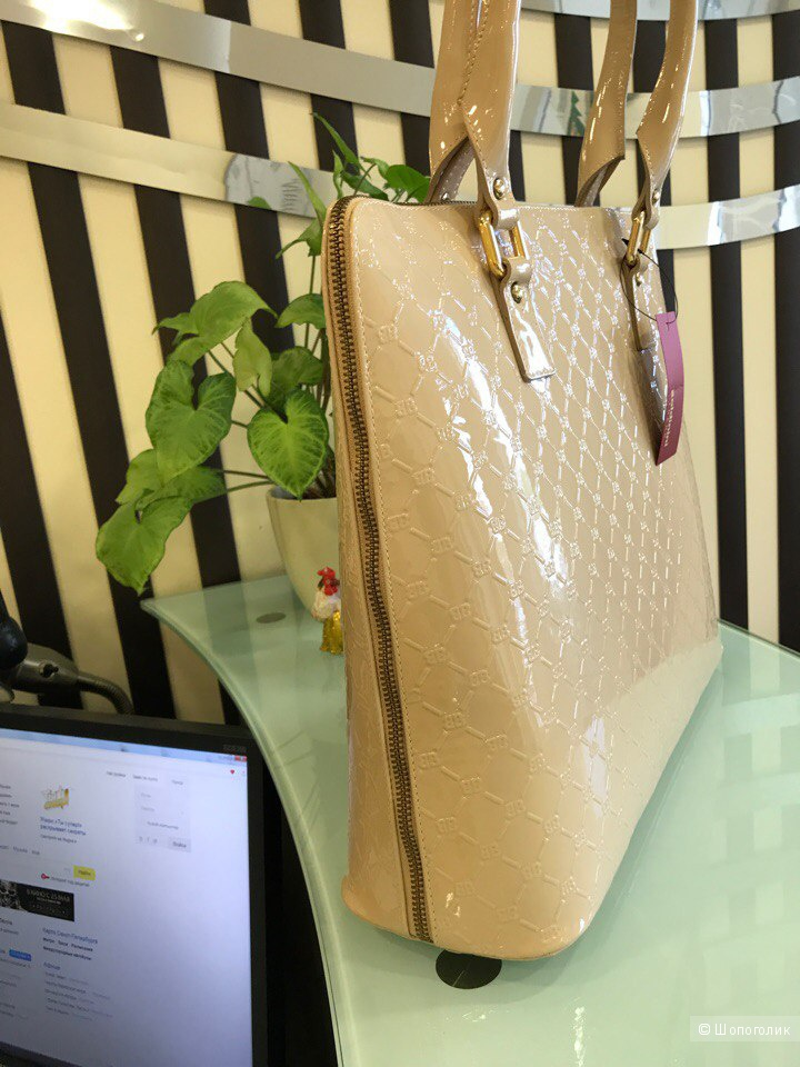 Женская сумка Baldinini, размер: 38 см х 32 см х 3 см