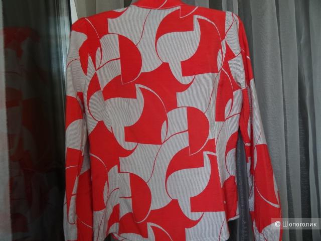 Корейская блузка с рюшами, размер 40-42, б/у