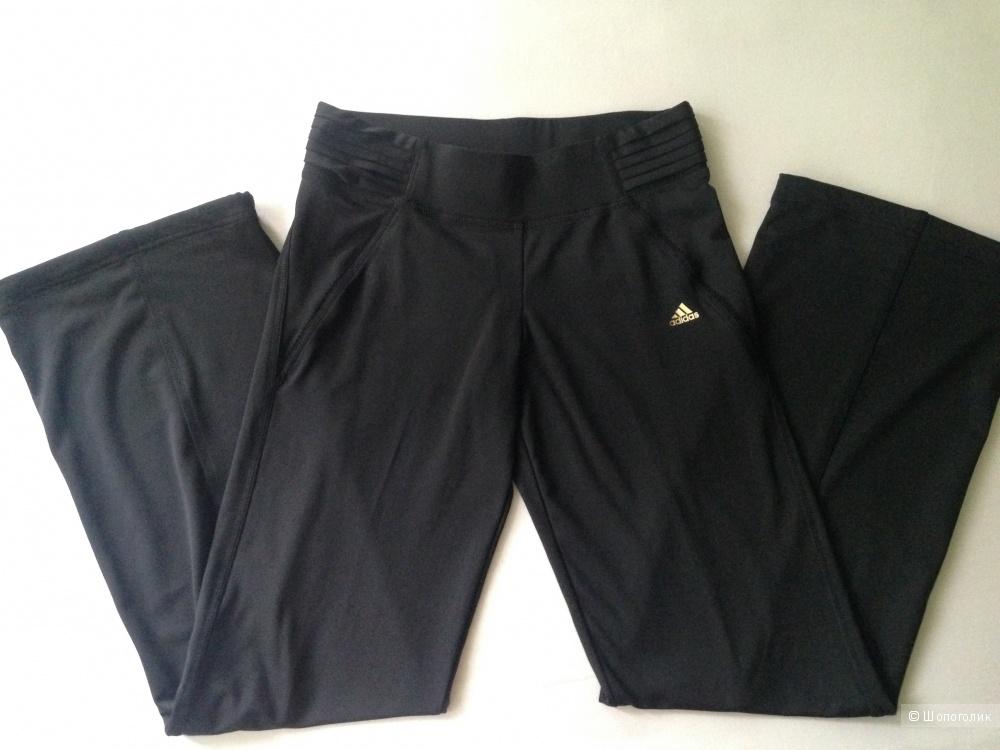 Спортивные штаны Adidas, размер S