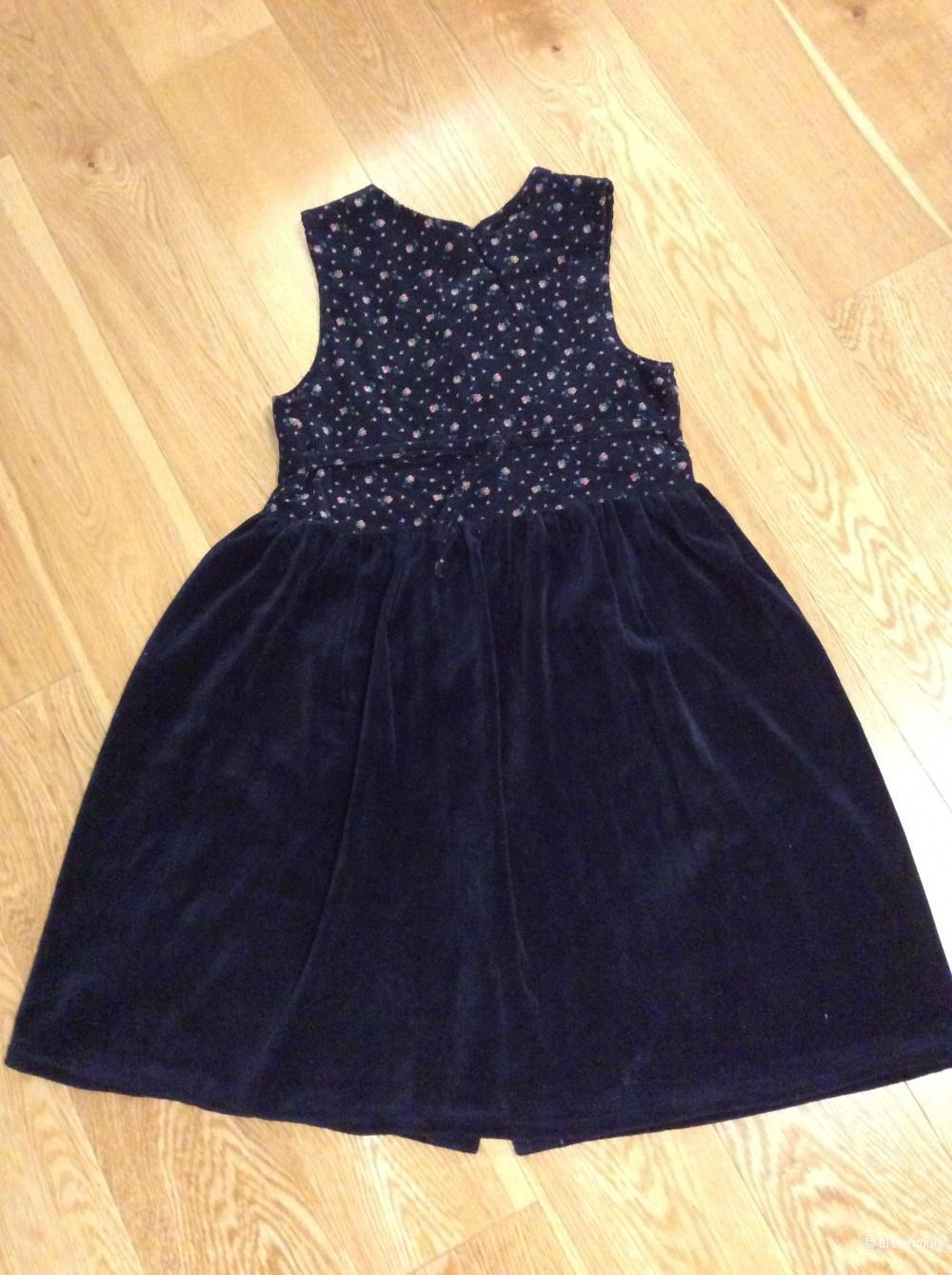 Строгое красивое платье на девочку р. 140 из бархата и вельвета