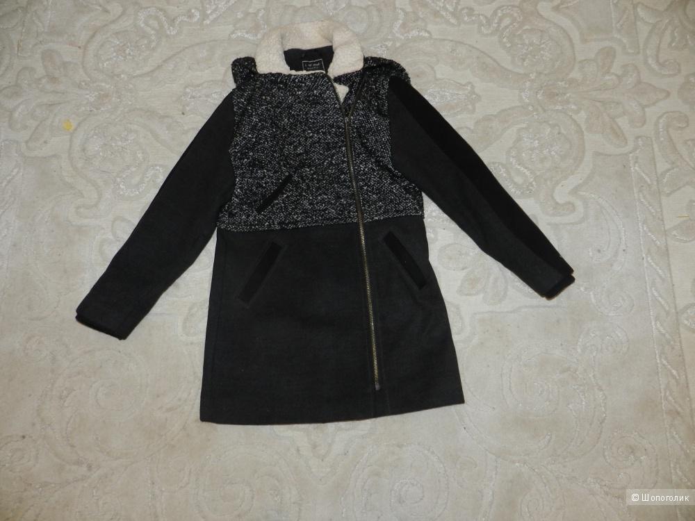 Пальто Next на девочку 11-12 лет в отличном состоянии