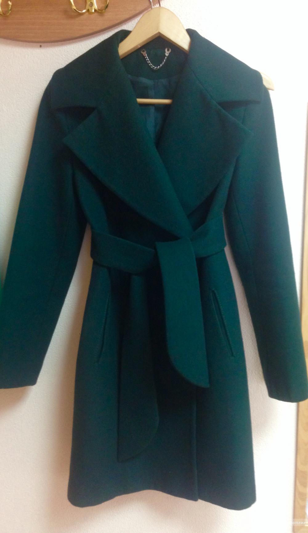Пальто изумрудного цвета, размер s-l