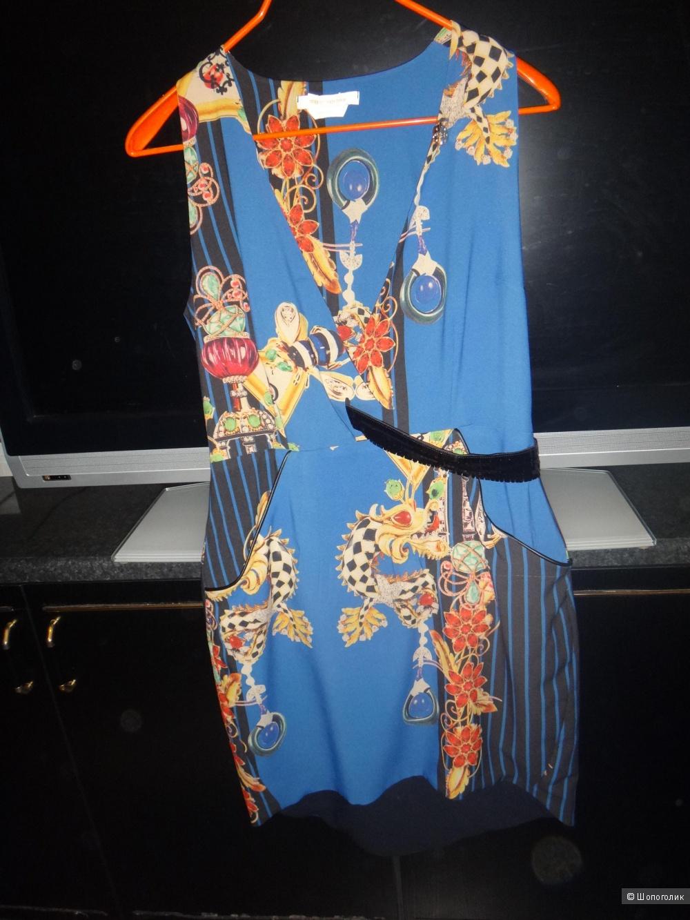 Платье 44-46 размер ROBERTA BLADI Италия
