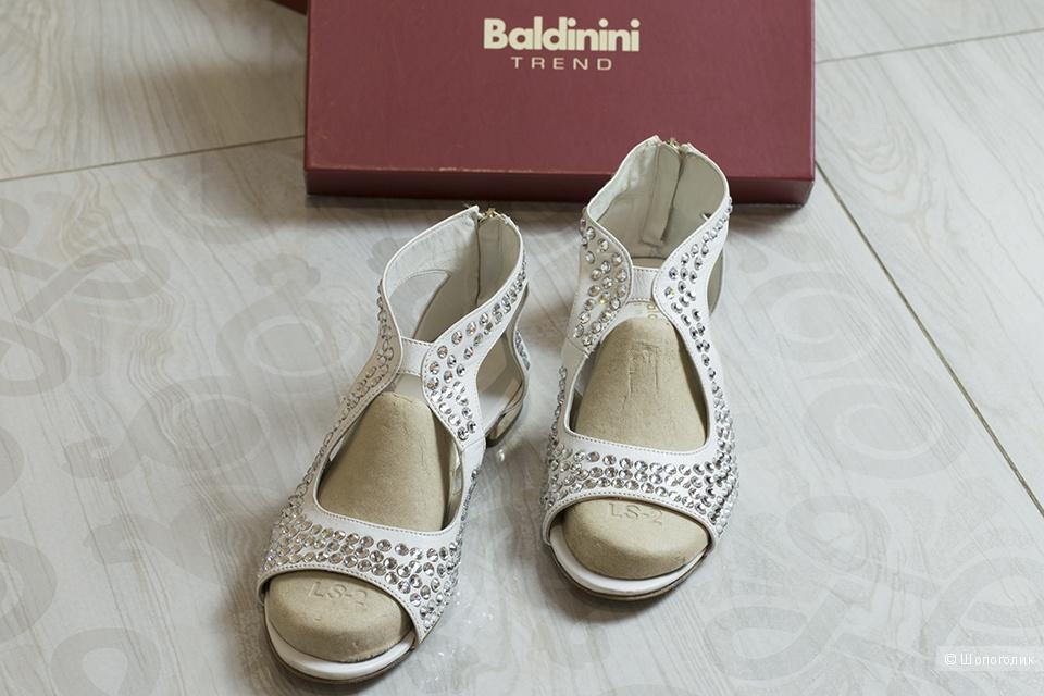 Сандалии Baldinini с кристаллами Swarowski, 41 размер.