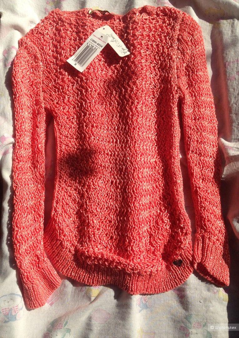 Новый свитерок s-размер