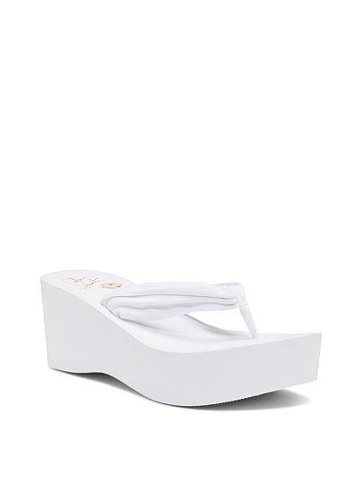 Новые пляжные шлепанцы на платформе с сайта Victoria's Secret р.38.5