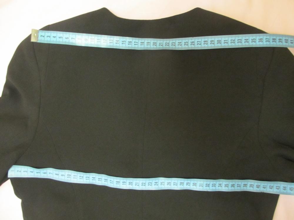 Черный жакет 44-46 размера