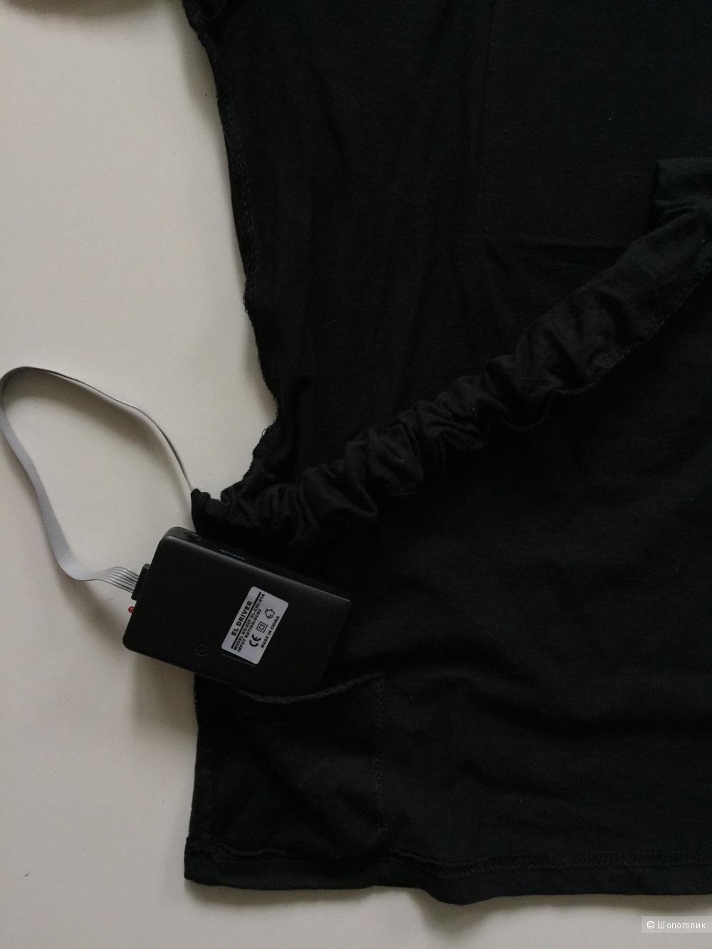 Светящаяся футболка от Andrea Blanco для Tomas Ctuz рамзер S
