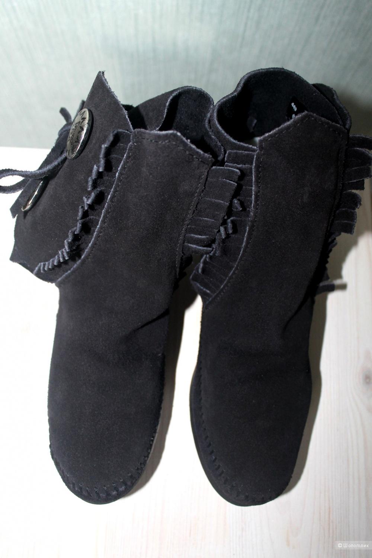 Ботиночки Minnetonka , размер  7US