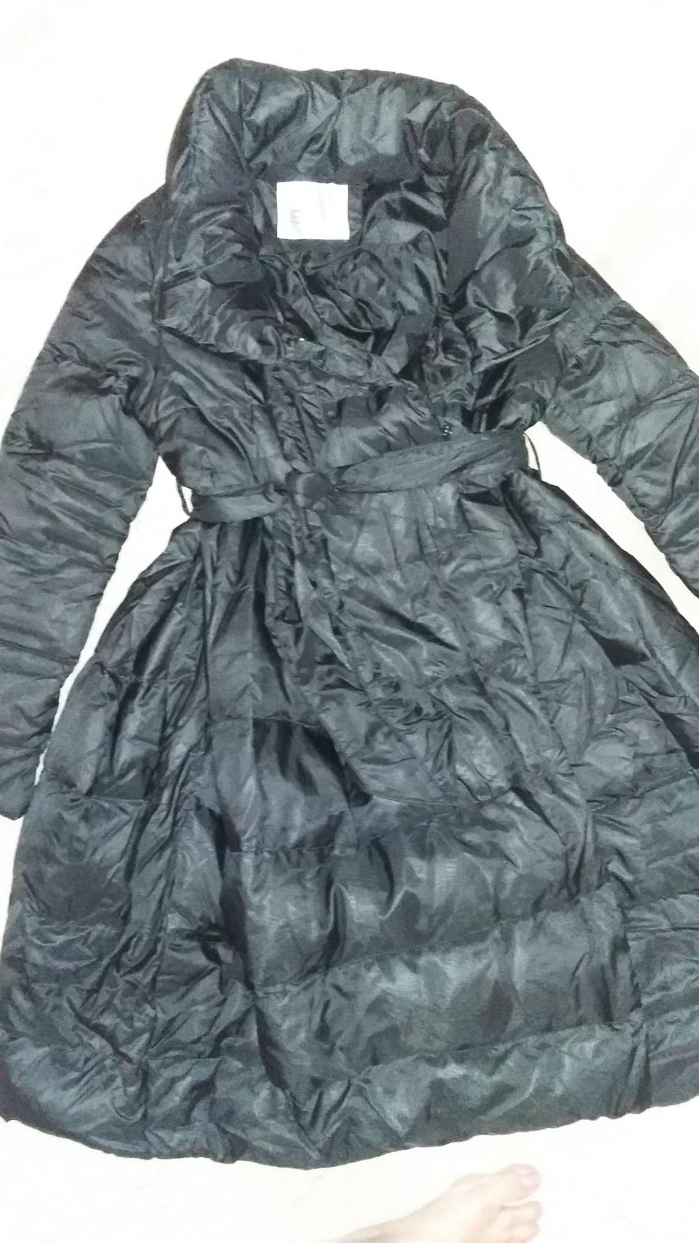 Пальто (пуховик). Размер S-XS. Черное.