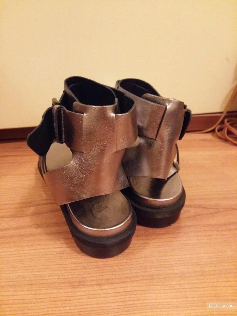 VIC сандалии 39 размер