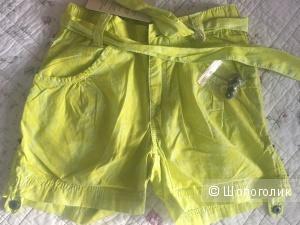 Новые шорты для девочки 128 разм
