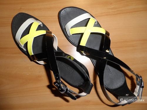 Стильные босоножки с сайта Victoria's Secret (оригинал) размер 38 на узкую ногу