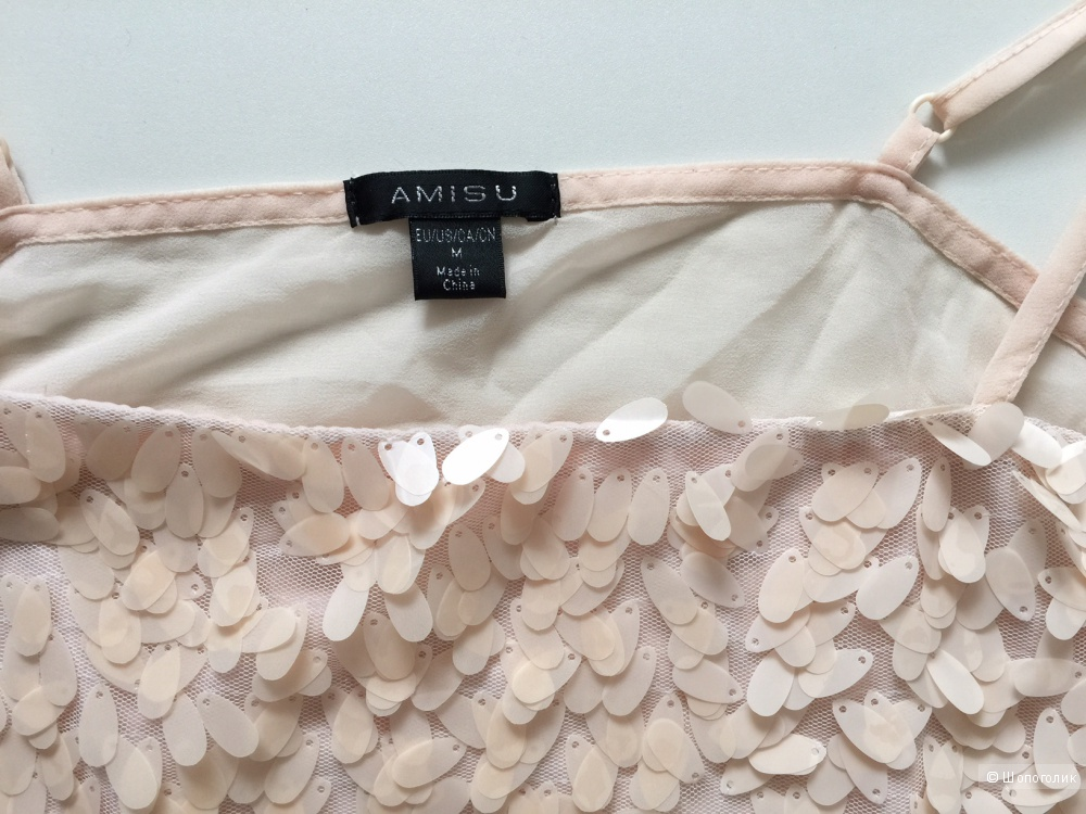 Топ с пайетками нежно кремового цвета марка AMISU размер M